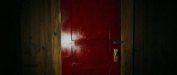 It-Comes-At-Night-Door